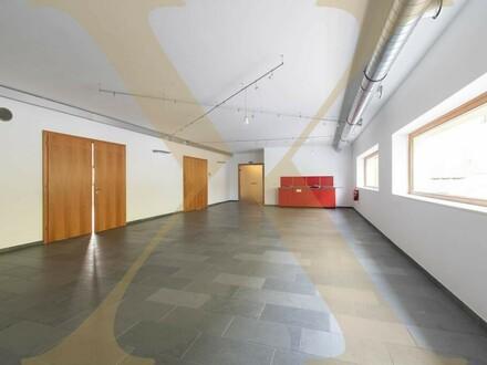 Moderne und helle Bürofläche in Steyr zu vermieten!