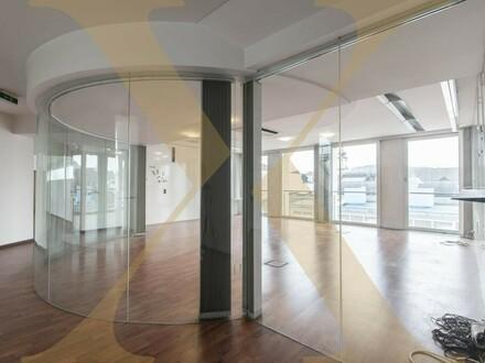 Lichtdurchflutete ca. 209,42m² Bürofläche mit Terrasse und Weitsicht über Linz zu vermieten!