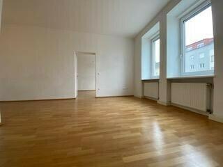 Sehr schöne 2,5-Zimmer-Wohnung - verfügbar ab 1. Juli 2018!