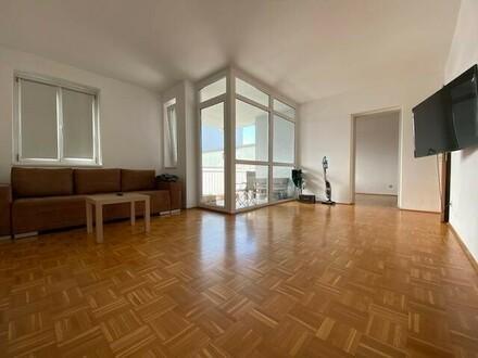 Klassische, ruhige 2-Zimmer-Wohnung mit Loggia