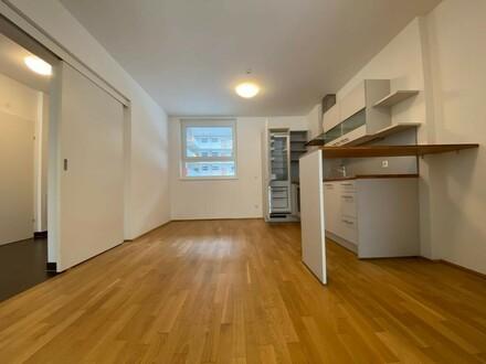 Provisionsfrei und erstes Monat mietfrei!!! Sonnige 3-Zimmer-Wohnung mit Terrasse und Garten