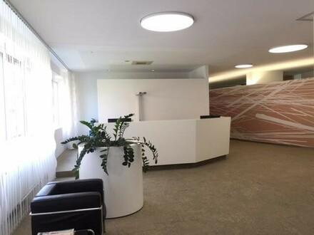 Repräsentatives Büro mit ca. 650m², hochwertiger Ausstattung, 3x Terrassen und eigener Tiefgarage