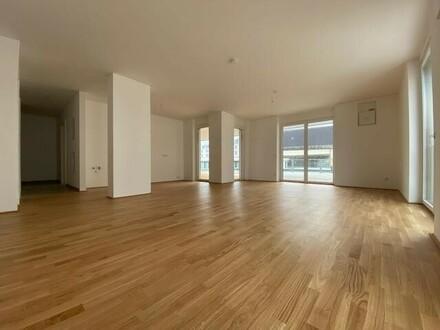 Geräumige 3-Zimmer-Wohnung mit Loggia & Terrasse