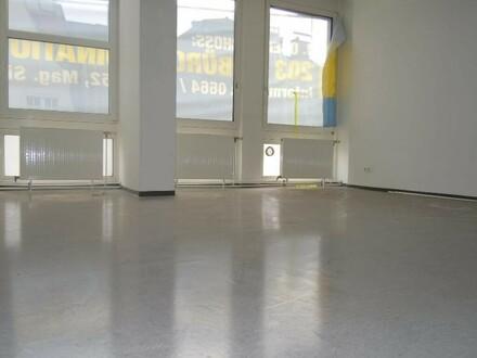 233 m² Büro direkt an der Landstraße