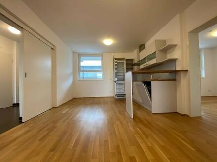 Provisionsfrei und erstes Monat mietfrei!!! 3,5-Zimmer-Wohnung mit Balkon