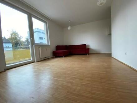 Nette 2-Zimmer-Wohnung mit Balkon & TG-Platz - verfügbar ab 01. November 2019!