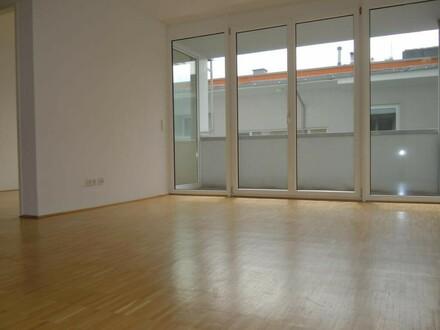 Kompakte 3-Zimmer-Wohnung mit Terrasse - WG-tauglich - verfügbar ab 01. Jänner 2020!