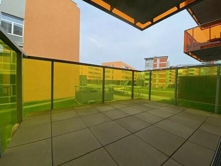 Provisionsfrei und erstes Monat mietfrei!!! Möblierte 2 oder 3-Zimmer-Wohnung mit Balkon