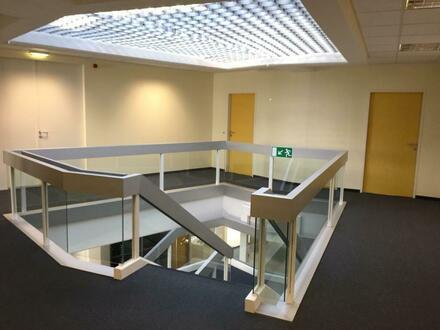 Einmalige Chance: Ihr neuer 1.200m² Bürostandort im modernen LENTIA 2000 (Linz-Urfahr)