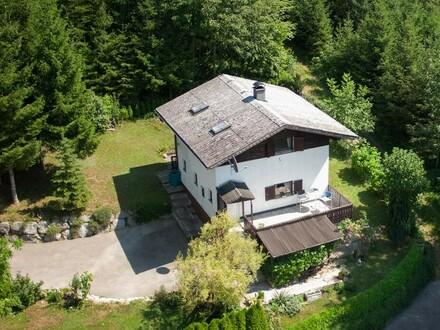 Wohnhaus/Wochenendhaus am Wald- und Siedlungsrand von Laakirchen