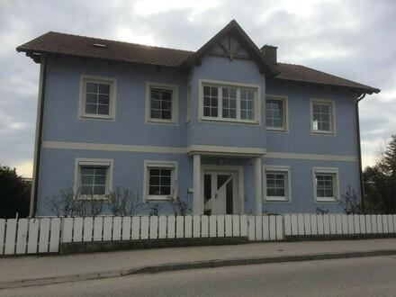 Ein- oder Mehrfamilienhaus im Ortszentrum von Wallsee (auch für Investoren)