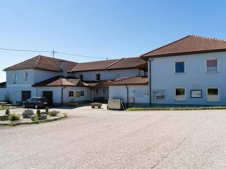 Traditionsgasthof Nähe Ried/Riedmark sucht Pächter mit Weitblick (Bezirk PE)
