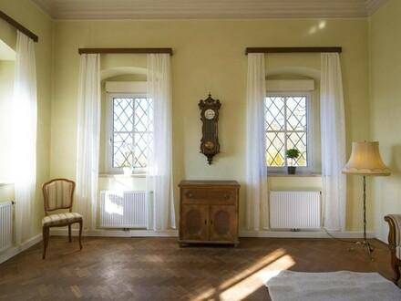 Inspiration mit Tradition: Büroräumlichkeiten im Pfarrhof Mauthausen