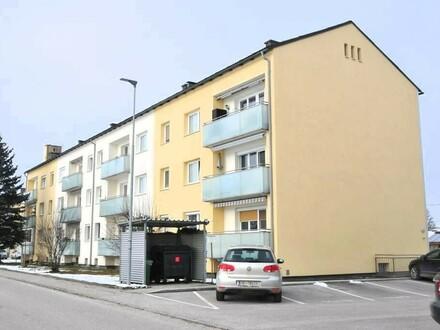 Parktische 3-Zimmer-Erdgeschoss-Eigentumswohnung mit Balkon und PKW-Abstellplatz