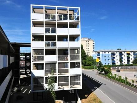 Für Anleger! Exklusive 126 m² Wohnung vermietet + freie 49m² Praxis/Büro/Wohnung - barrierefrei!