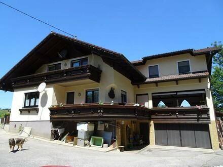 Geräumiges Landhaus in Alleinlage + 5.200 m² Grund mit Teichen