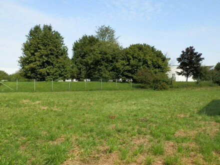 Ortszentrum Gleink: sonniges, ebenes, Baugrundstück