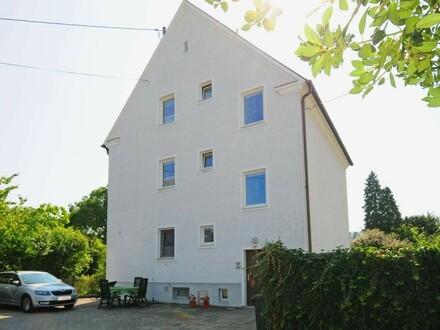 Vermietetes 3-Parteien-Wohnhaus im Zentrum für Anleger
