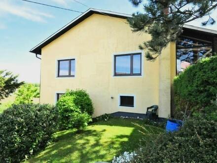 6 Zimmer-Bungalow mit gemütlicher Terrasse und Garage