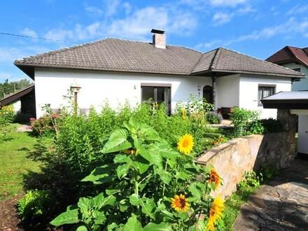 Sonniger Bungalow mit 740 m² Grund, Garage ...