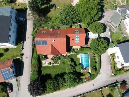 Schönes Anwesen in begehrter Lage mit Traumgarten!
