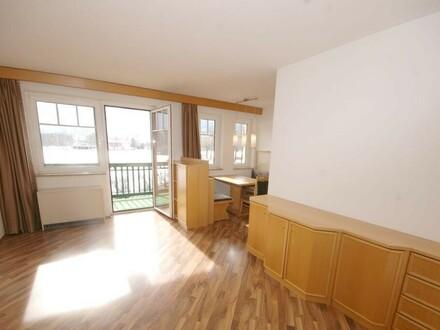 2-Zimmerwohnung mit Tiefgaragenplatz und freiem Ausblick zu vermieten!