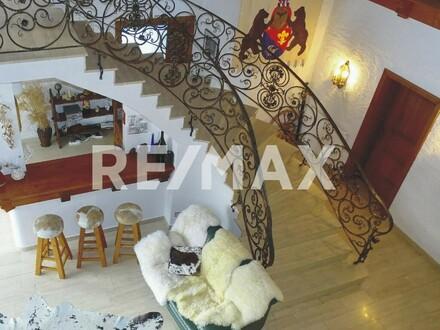 ÜBER DEN WOLKEN - Exklusive Villa auf ca. 950 m Seehöhe!