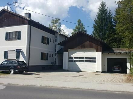 EINMALIGES ANLAGEOBJEKT: Wohngebäude mit Polizeidienststelle und Garage mit ca. 5% Rendite!!!