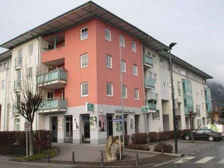 Geschäftslokal (mit oder ohne Lagerraum) in Zell am See/Schüttdorf