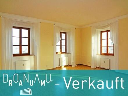 VERKAUFT - Traumhafte Altbauwohnung in der Altstadt!