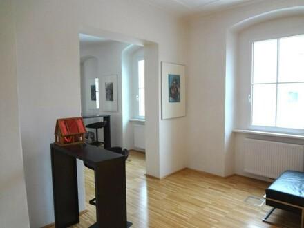 Repräsentative Büroflächen! Hohe Räume! Linz-Zentrum/Graben