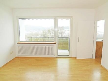 Ottensheim - Zweizimmerwohnung inkl. neuer Küche, Balkon und Kfz-Stellplatz