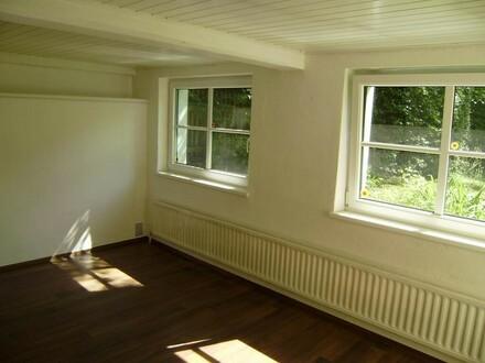 """Atelier, für Künstler und Freiberufler """"arbeiten und präsentieren"""""""