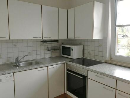 Helle 2-Zimmer Wohnung mit 2 Balkonen und Tiefgaragenabstellplatz
