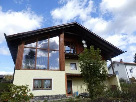 Ein/Zweifamilienhaus mit herrlichem Ausblick