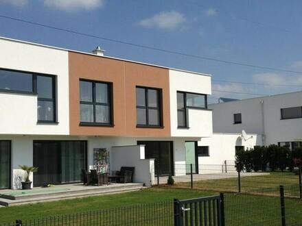 PROVISIONSFREI moderne Doppelhaushälfte in Aspach