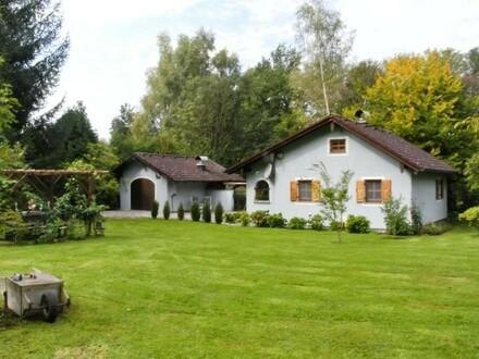Schönes Wochenendhaus mit 3 Fischteichen in idyllischer Lage in Braunau/St.Peter/Reikersdorf