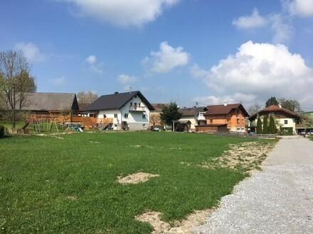 Baugrundstück im Dorfzentrum