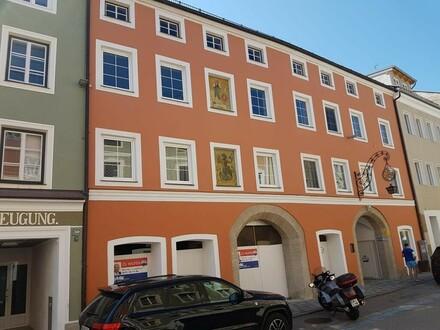 Großes Stadthaus bzw ehemaliges Hotel in zentraler Lage in Braunau