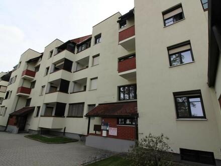 BÜRO - ORDINATION/PRAXIS - KANZLEI mit Küche & Loggia in zentraler Lage - mit TG-Stellplatz