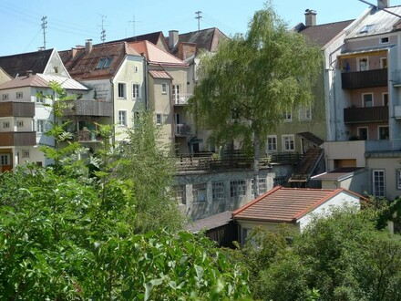 Unverbastelt, Bis zu 4 Wohnungen, Terrasse mit Westsonne, Balkone, Garagen möglich