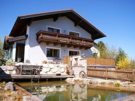 Gemütliches Wohnhaus mit traumhaftem Bergblick