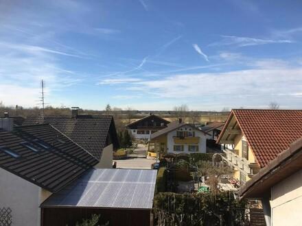 Neuer Preis ! Liebevoll sanierte Dachgeschosswohnung in ruhiger Lage
