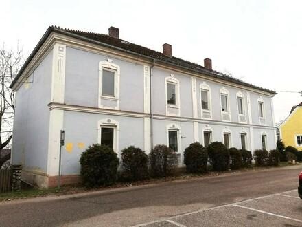 Baugrund mit Haus