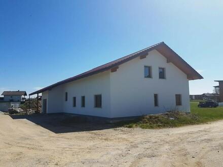 Neues Einfamilienhaus in sehr guter Lage! Wird schlüsselfertig nach Absprache übergeben .