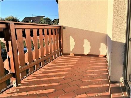 PREGARTEN: DACHGESCHOSS - EIGENTUMSWOHNUNG mit ca. 119m2 Wohnfläche + Balkon