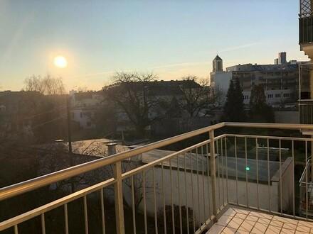 LINZ/URFAHR: ERSTBEZUG nach GENERALSANIERUNG - Eigentumswohnung ca. 72 m2 Wohnfl. mit BALKON