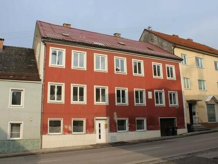 Mehrfamilienhaus in Zentrumslage, sofort Beziehbar
