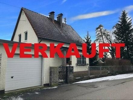 PASCHING / LANGHOLZFELD - BESTE LAGE : Wunderschönes Grundstück (Eckparzelle) mit einem älteren Wohnhaus
