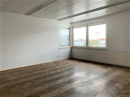 Traun: Großzügige BÜRO/KANZLEIFLÄCHE mit ca. 168 m²
